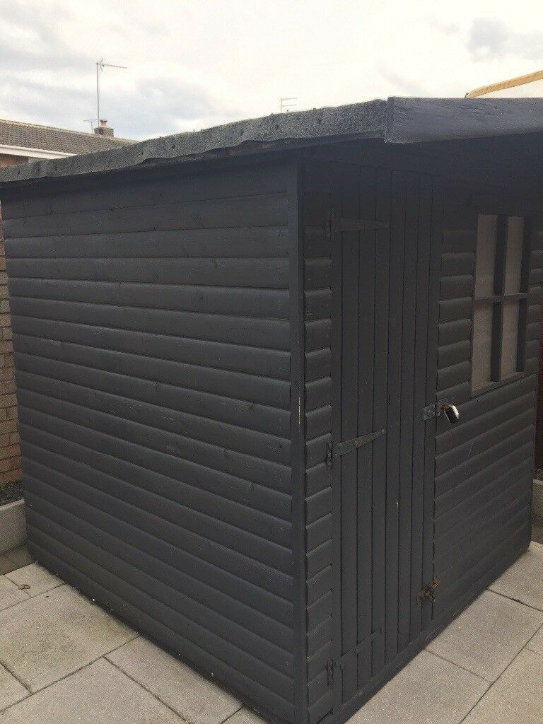 Solid Log Effect Garden Shed Fantastic Condition In Jarrow