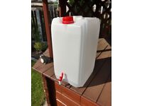 Plastic Garden Camping Caravan Water Carrier Jerry Can Container with Tap 20L