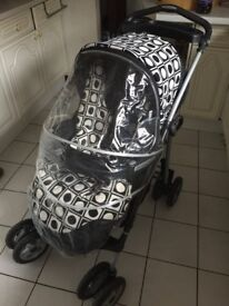 Mamas & Papas pushchair freestyler with extra new set of covers !