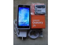 SAMSUNG GALAXY J5 WITH SPARE BATTERY AND WARRANTY UNLOCKED