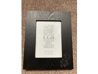 BRAND NEW with BOX Black wooden picture photo frame 5x 7 inches (13 x 18 cms)