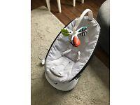 Rockaroo 4moms excellent condition baby swing