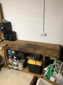 Work bench with record vice