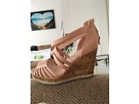 Excellent condition caged wedges