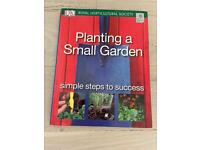 Planting A Small Garden from The Royal Horticultural Society - DK Book