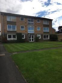 2 bed apartment close to Guildford town centre