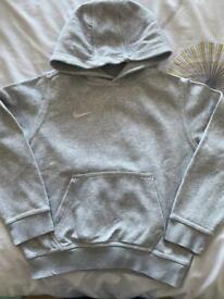Nike unisex kids hoodie, size Small (8-10 years)