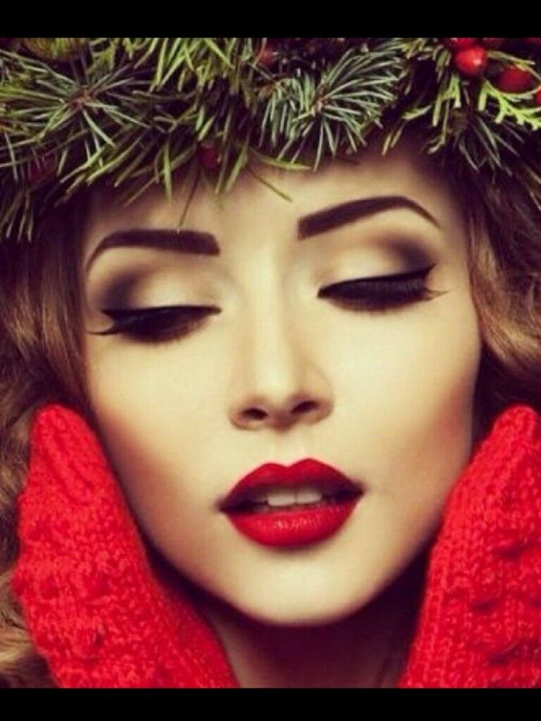 Professional Hair and Makeup artist, special offer for all Christmas party bookings!