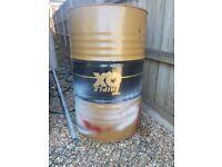 200l barrels 2x available 10£ each