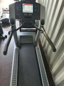 Life Fitness 95Te Silverline Treadmill with TV and Radio
