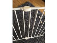 Child stair gate
