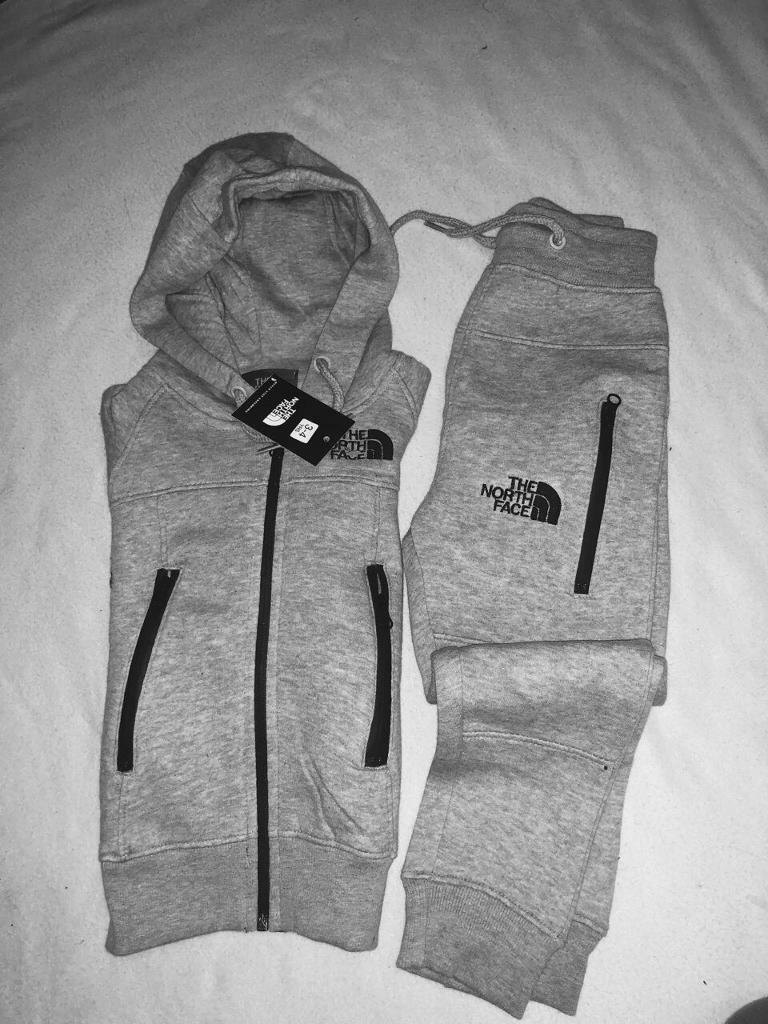 08f663d74 The North face kids tracksuit set grey hoodies & slim jogger age 5/6yrs £25  set | in Leicester, Leicestershire | Gumtree