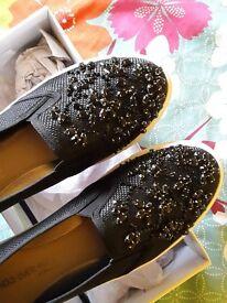 4/37 Women new shoes
