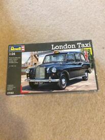 Revell kit London taxi. Unused