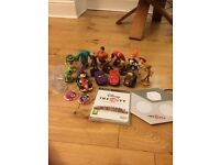PS3 Disney Infinity, Game Disc, 16 Characters, 3 Crystals & 23 tokens