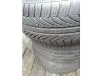 2 in good condition wheels for ford galaxy and 1 tyre 205/55 R16.