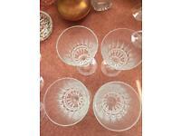 4 wine glasses medium weight crystal effect