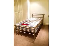 Large Single Room available in Brentford/ Chiswick / Ealing - 5 mins to Station