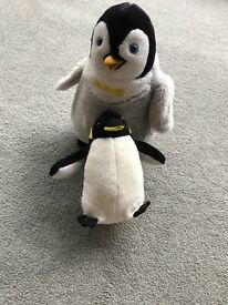 Penguin cuddly toys mum and baby.