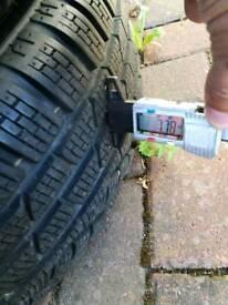 "4x 108 Ford sport 17"" alloy wheels 205 50 17 M+S 7+mm Pirelli Sottozero Winter tyres"
