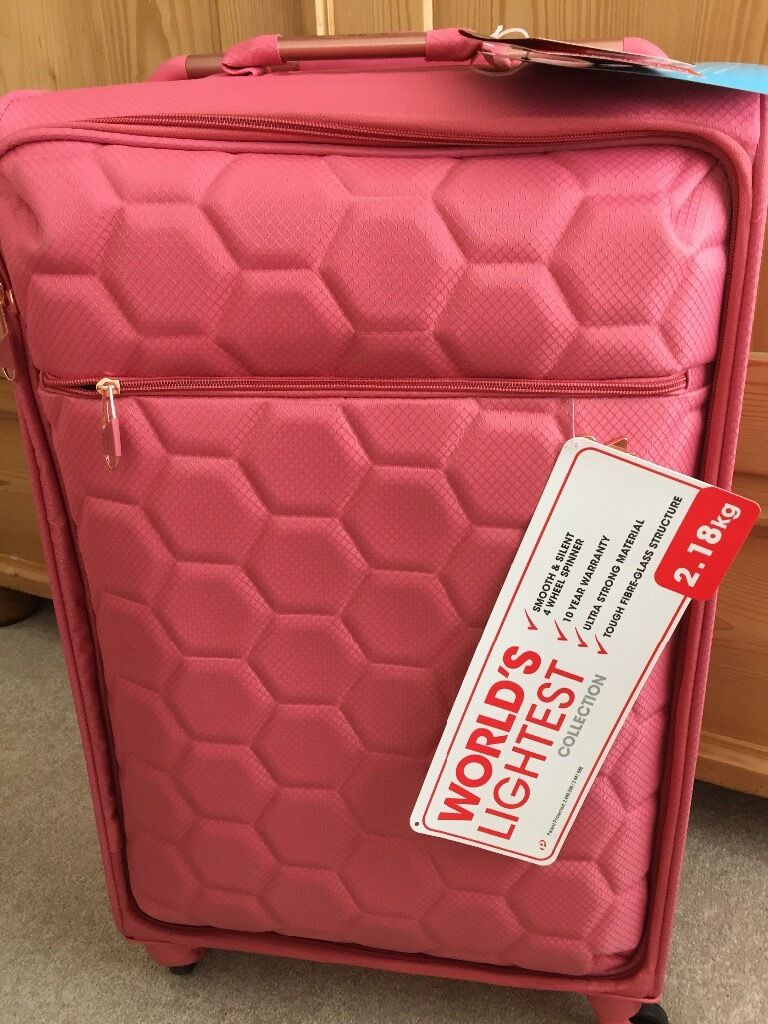 It pink suitcase, BRAND NEW o | in Stratford-upon-Avon ...