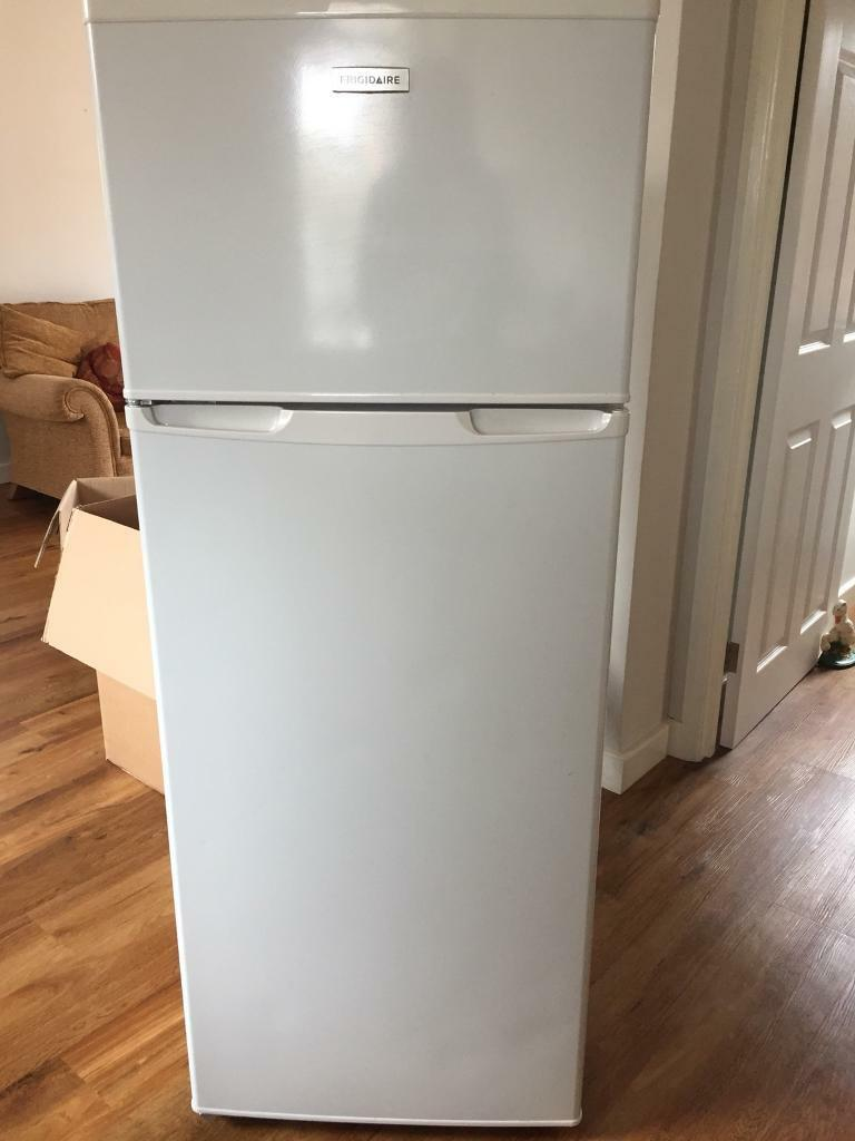 Fridgidare fridge freezer