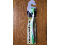 3X POUNDBRUSH EXTREME CLEAN WITH FLEX ACTIVE TECHNOLOGY TOOTHBRUSHS MEDIUM