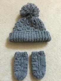 Boys Hat and Mitts Set
