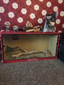 Reptile vivarium £130 Ono