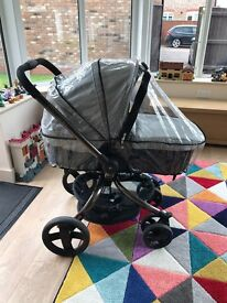 Mothercare spin pram Excellant condition with foot muff and rain over