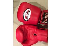 Twins 14OZ Gloves Red.