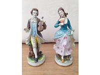 Pair of statues excellent condition