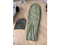 Vintage US army official sleeping bag, in good condition no tears or signs of major wear