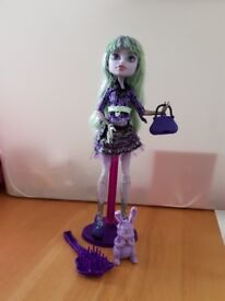 Monster high doll good condition smoke free home good price for quick sale collection only