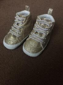 Sparkly gold shoes 9-12month