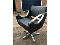DIR Styling / Salon / Barbers / Hairdressers Chair - Free Delivery