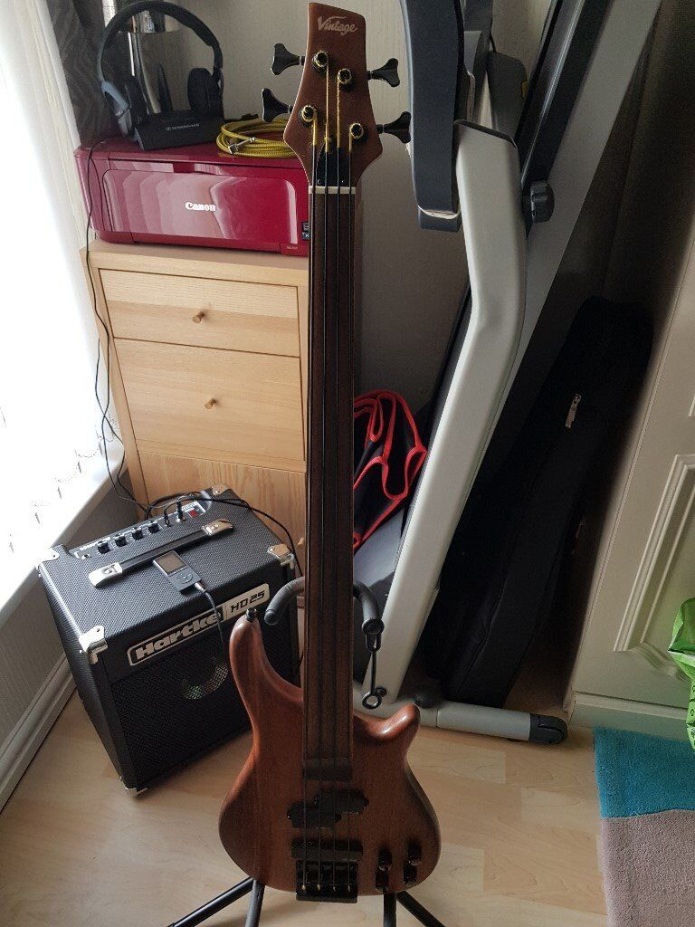 Fretless Bass by Vintage