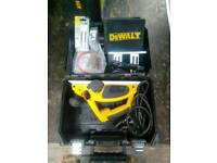 Dewalt 678e planer 240v inc spare blades and drive belt