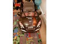 Children's electric audi car