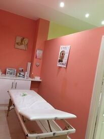 Beauty Salon to Let in North Leeds , Moortown, Excellent Location !!!