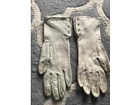 LEATHER GLOVES VARIOUS COLOURS
