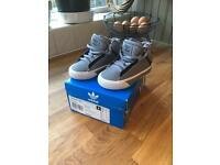 Baby Boys Adidas Hi Top Trainers Size 3K