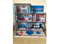 LOL house with furniture plus dolls