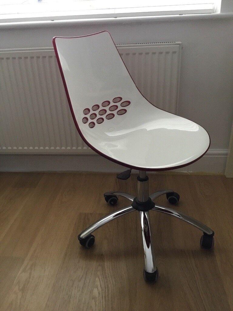 Italian designed red/white contemporary desk chair