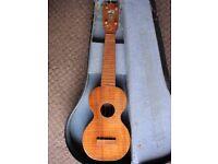 kumalae 1915 gold award soprano ukulele and case