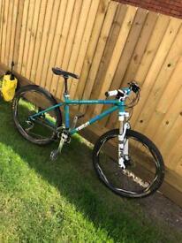 Custom mtb hardtail mountain bike Saracen