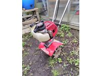 Mantis Rotovator 4 stroke 2 years old perfect working order