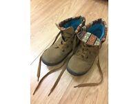 Rocketdog women's suede boots, size 3