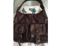 Leather ladies bag great con