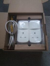Pair of BT mini connector plugs